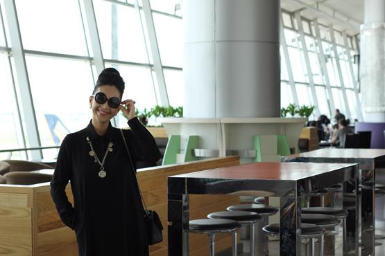 Diễm My ở sân bay Tân Sơn Nhất 10