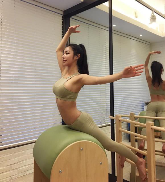 Mê mẩn trước nhan sắc nóng bỏng của nữ người mẫu Hàn Quốc định cư tại Dubai