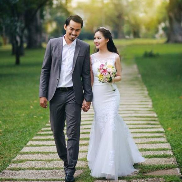 Sau hai năm ngày mất của chồng, vợ Duy Nhân bất ngờ khoe 'tình yêu mới'?