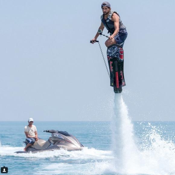 Cuộc sống xa xỉ của chàng Thái tử tỷ phú trong Hoàng gia Dubai