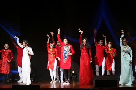 Noo Phước Thịnh khiến khán giả Việt 'nở mày nở mặt' với phần biểu diễn tại Malaysia