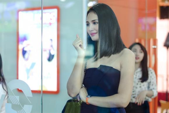 Hoa hậu Hương Giang muốn con gái giỏi nghệ thuật lẫn thể thao