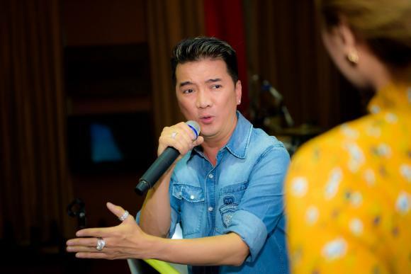 Mr. Đàm cùng dàn thí sinh 'Thần tượng Bolero' gây náo loạn phố Sài Gòn