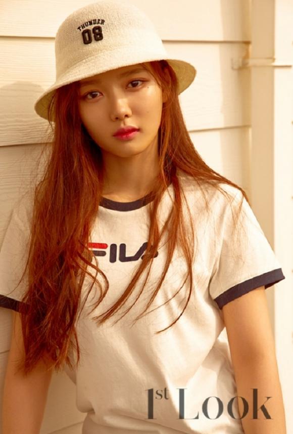 'Em gái quốc dân' Kim Yoo Jung lần đầu tiết lộ về chuyện tình yêu ở tuổi 19