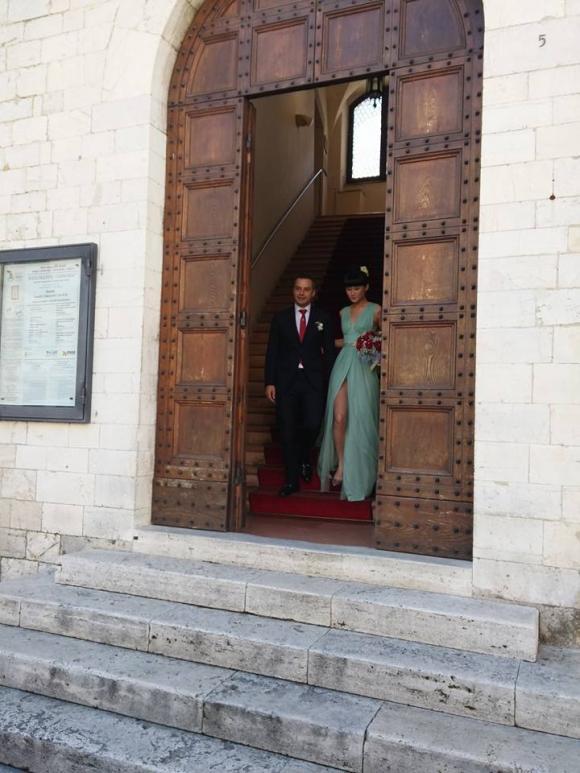 Á quân Vietnam's Next Top Model Kha Mỹ Vân làm đám cưới với bạn trai Tây vào cuối năm