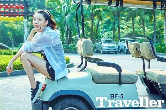 Bà xã Bae Yong Joon nóng bỏng từng đường cong trong bộ hình chụp tại Đà Nẵng