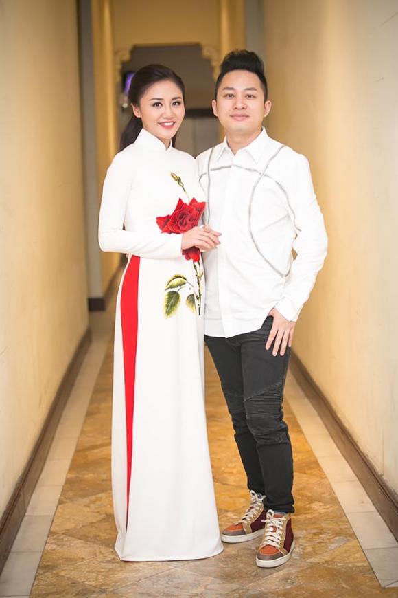 Văn Mai Hương khiến nhiều khán giả thổn thức khi hát loạt ca khúc về Hà Nội