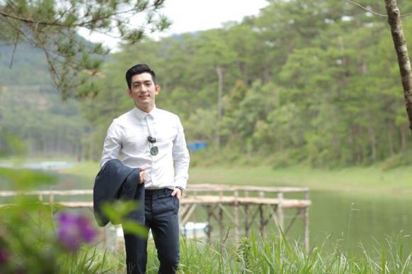 Chồng cũ của Phi Thanh Vân lịch lãm ở Đà Lạt