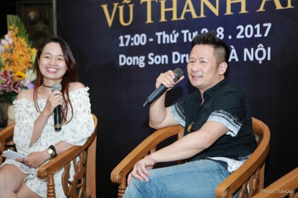 Hậu chia tay Dương Mỹ Linh, Bằng Kiều phong độ trong buổi họp FC trước thềm live show Vũ Thành An