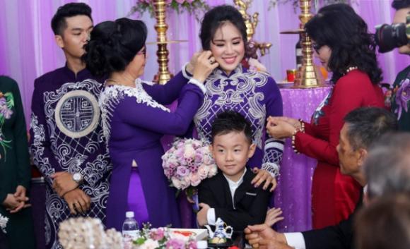 Từng bị ghét vì có con riêng, giờ bố mẹ chồng đối xử với Lê Phương và con trai ra sao?
