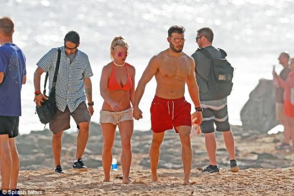 nữ ca sĩ britney spears,britney spears và bạn trai,Britney Spears đính hôn