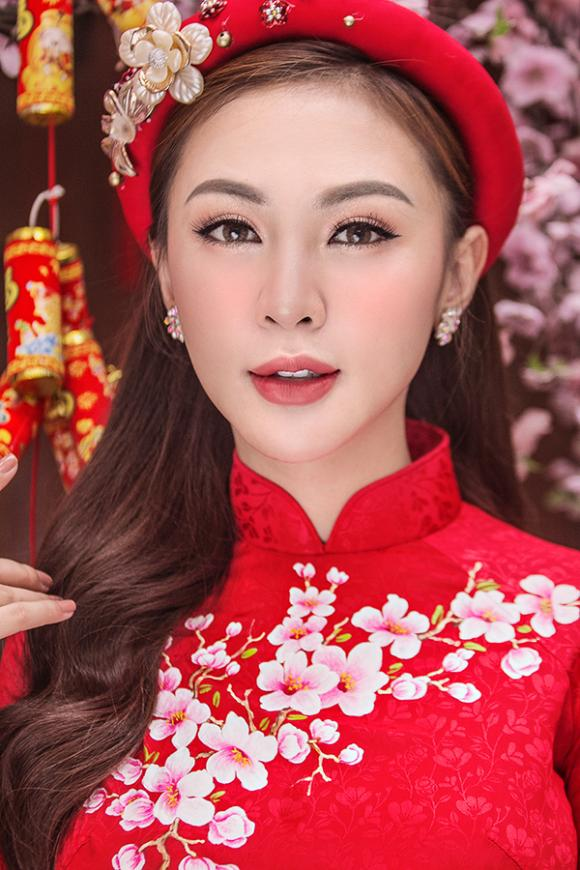 Kelly Nguyễn, hot girl Kelly Nguyễn, Lilly Luta