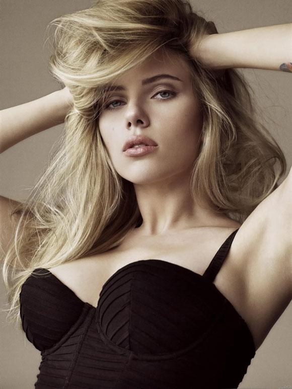 Scarlett Johansson, Rosie Huntington, Emma Watson