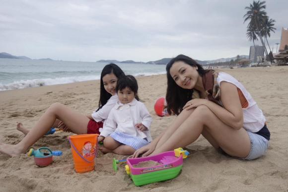 diễn viên Khánh Huyền, Khánh Huyền, sao Việt