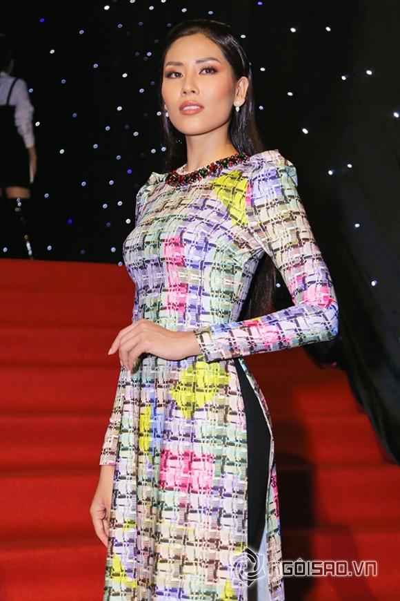 Vietnam International Fashion Week 2018,dàn sao trên thảm đỏ Vietnam International Fashion Week,sao Việt