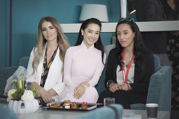 Nhã Phương,LHP Cannes,sao Việt