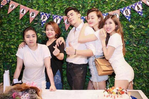 Loạt sao Việt đến chúc mừng sinh nhật siêu mẫu Minh Trung