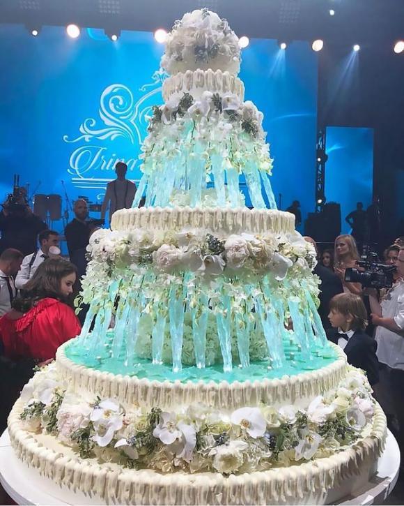 Đám cưới xa hoa, lộng lẫy trị giá hơn 36 tỷ đồng của con gái tài phiệt Nga