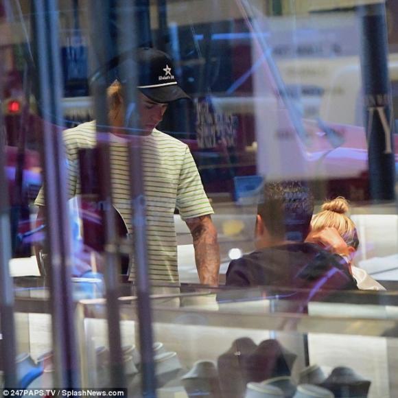 Justin Bieber,Justin Bieber và Hailey Baldwin, sao Hollywood