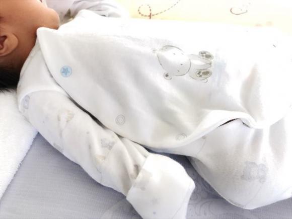 Nguyệt Ánh lần đầu khoe ảnh con trai sau hơn một tháng sinh con