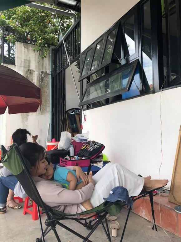 điểm tin sao Việt, sao Việt tháng 8, tin tức sao Việt hôm nay,Chiều xuân, Bích Phương