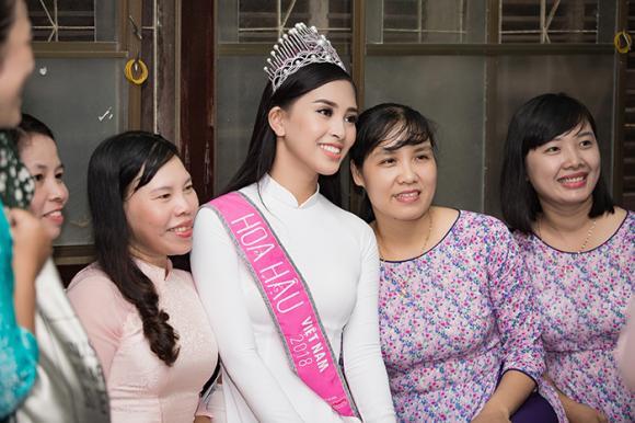 Trần Tiểu Vy, hoa hậu việt nam 2018, sao việt