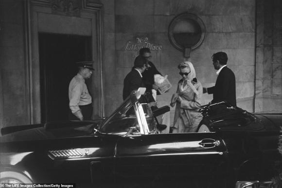 Marilyn Monroe,Arthur Miller,xe hoa của Marilyn Monroe được bán đấu giá