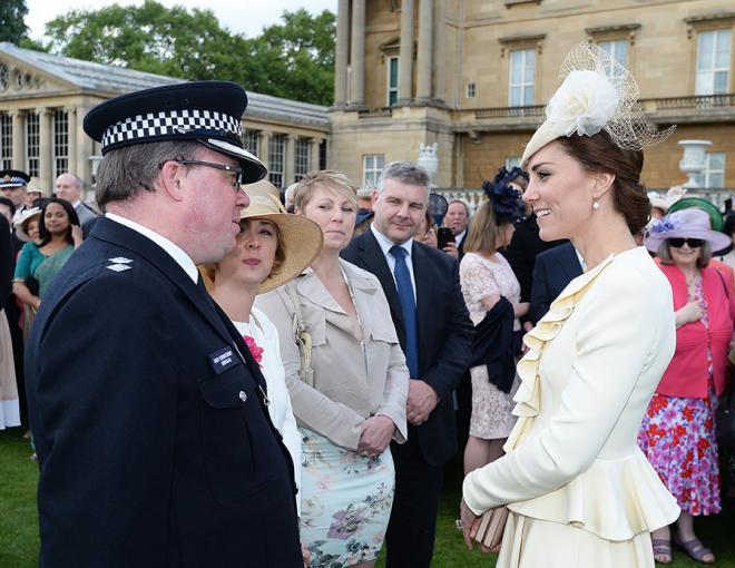 Kate Middleton,Meghan Markle,Beatrice,Eugenie,Hoàng gia Anh