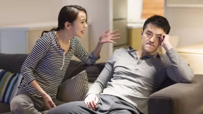 Vô tình mở camera ra xem tôi choáng váng khi nghe cuộc đối thoại của chồng với em gái mình
