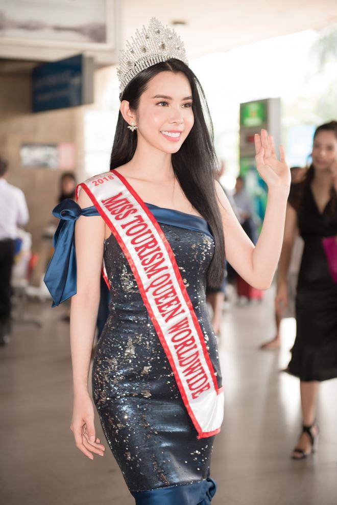 Người đẹp huỳnh vy,huỳnh vy đăng quang hoa hậu,Miss Tourism Queen Worldwide 2018