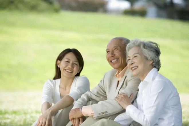 cách duy trì sức khỏe tuổi trung niên, sức khỏe người cao tuổi, cách chăm sóc sức khỏe
