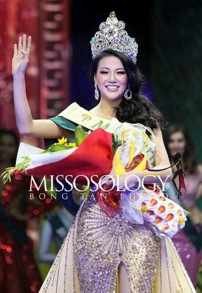 Hình ảnh xinh đẹp và chia sẻ đầu tiên của Nguyễn Phương Khánh khi đăng quang Hoa hậu Trái đất 2018