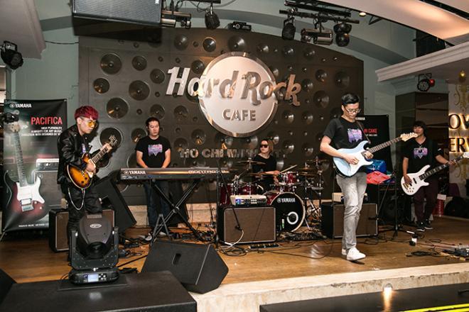 Tài năng trẻ guitar điện trực tuyến Yamaha 2018, Trịnh Thy San, Trịnh Lam Sa