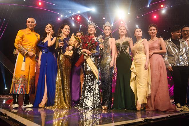 Hoa hậu Chuyển giới Quốc tế 2019, Hương Giang, Đỗ Nhật Hà