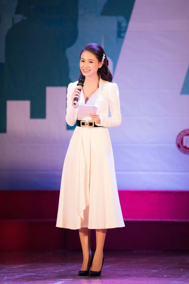 'Cô gái vàng' Hoa hậu Việt Nam