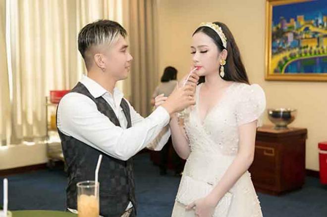 Khánh Đơn,vợ Khánh Đơn,sao Việt