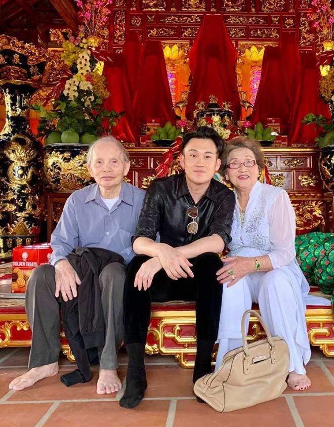 danh hài Hoài Linh, Hoài Linh, Dương Triệu Vũ, sao Việt