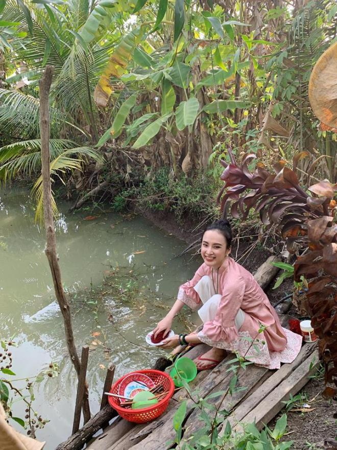 Tết Nguyên Đán,Angela Phương Trinh,sao Việt