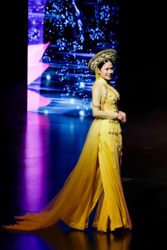Sao mai tuyết nga,tuyết nga đăng quang hoa hậu,hoa hậu áo dài việt nam 2019