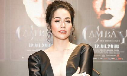 Diện váy áo sexy, Nhật Kim Anh khoe vóc dáng thon thả tại sự kiện