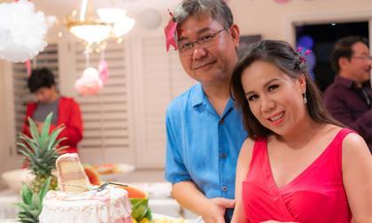 Sau hơn 2 năm kết hôn, ca sĩ Mai Thiên Vân đã mang bầu và chuẩn bị chào đón thiên thần nhỏ