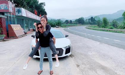 """Khoảnh khắc Cường Đô la cõng Đàm Thu Trang gây """"bão"""" trên mạng xã hội"""
