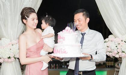 Nữ hoàng sắc đẹp Ngọc Duyên và chồng đại gia tổ chức tiệc kỉ niệm một năm ngày cưới