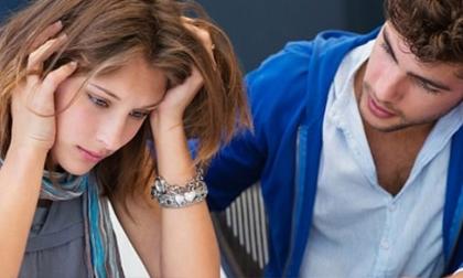 """7 dấu hiệu """"tố"""" đời sống vợ chồng bắt đầu nguội lạnh"""