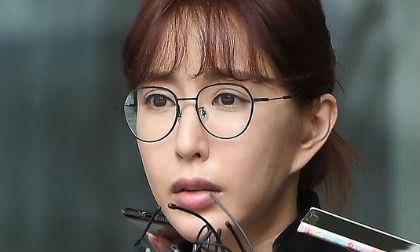 Cờ bạc đến mức nợ hàng chục tỷ, cựu thành viên nhóm nhạc đình đám xứ Hàn nhận án tù treo, phải đi cải tạo lao động