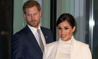 Để lộ gương mặt khó chịu, mệt mỏi trước truyền thông, Hoàng tử Harry đã hối hận và muốn bỏ người vợ thích thị phi?